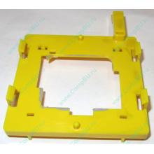 Жёлтый держатель-фиксатор HP 279681-001 для крепления CPU socket 604 к радиатору (Астрахань)